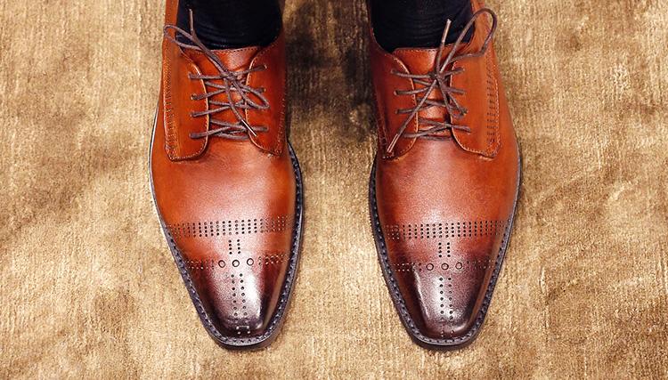 9fc6d8d2b8952 Chaussures De Ville Pour Homme   Girotti